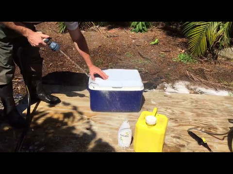 CLEAN ICE COOLER EASILY!!!!!!  Life Hack