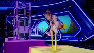 Niño de dos añosrealiza cincotrucos peligrosos de gimnasia con tanta facilidad, ¡increíble!