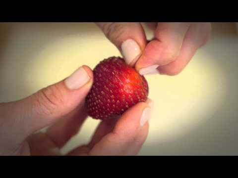 How to Keep Strawberries After You Buy Them : Fit Food