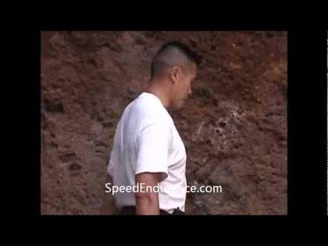 How to Strengthen your Achilles Tendon - The Heel Drop
