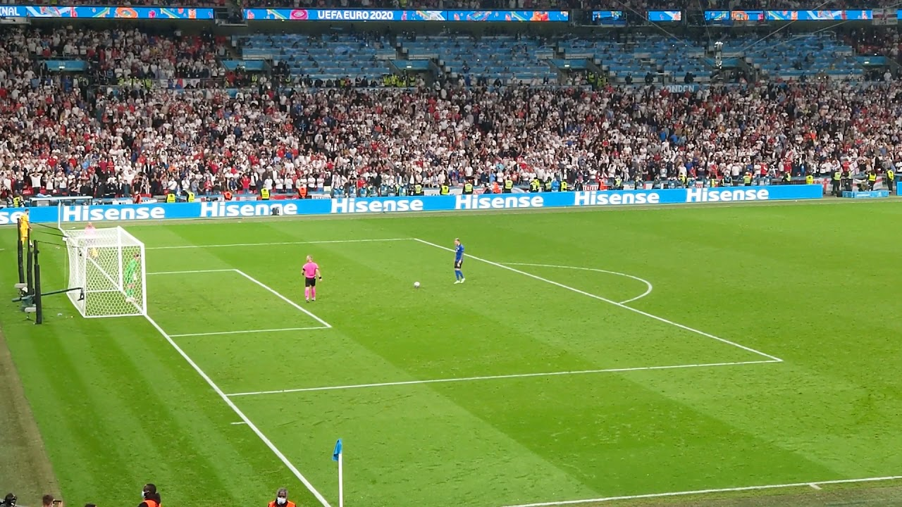 Full Penalty Shootout Italy vs England in EURO 2020 Final - View from stadium