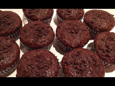 Quick and Easy Banana Chocolate Muffins