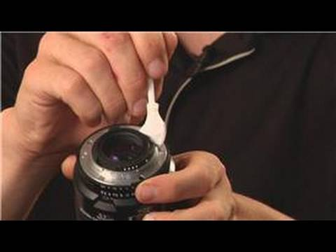 Photography Tips : How to Clean Camera Lens Contacts