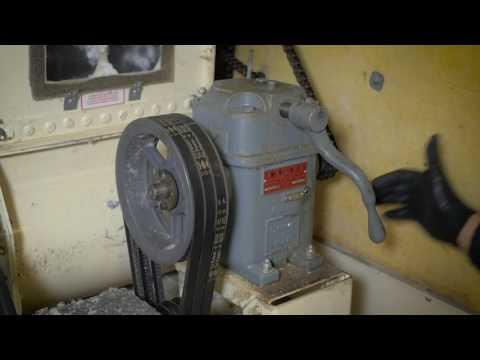 Understanding and Adjusting Insulation Blowing Machines for Proper Installation - Spanish