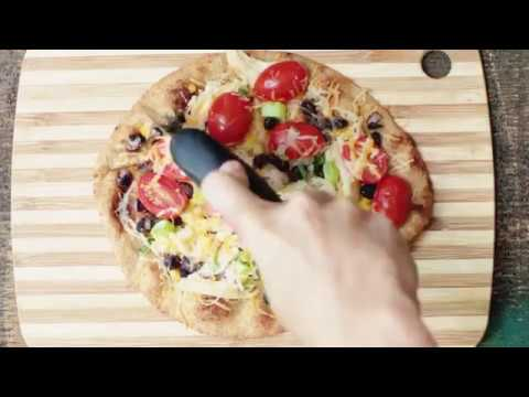 Southwest Chicken Naan Pizza | Produce for Kids