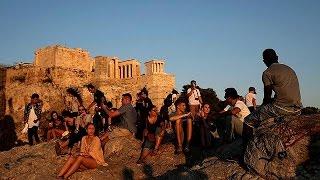 Ελλάδα: σε «τεντωμένο σχοινί» ο τουρισμός - economy