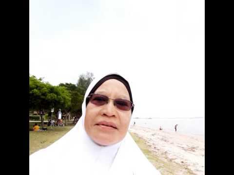Vocation at Changi village beach. 18-10 -16 Singapore(14)
