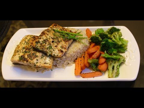 Quick & Healthy Pan Seared Salmon with Vegetables and Brown Rice - پین سیُرڈ سالمن ~Dish Wish~