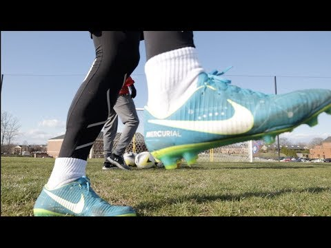 This Is What Your Weak Foot Should Look Like - D1 College Soccer Player