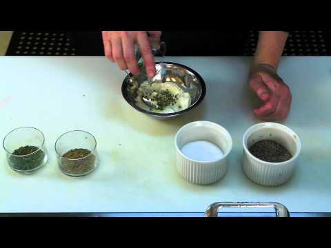How to Make Herb-&-Garlic-Flavored Cream Cheese : Quick & Delicious Recipes
