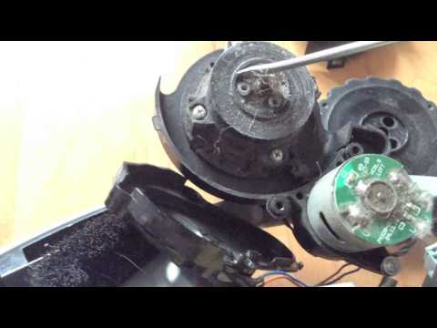 iRobot fixing problems with wheels - how to clean - tutorial movie