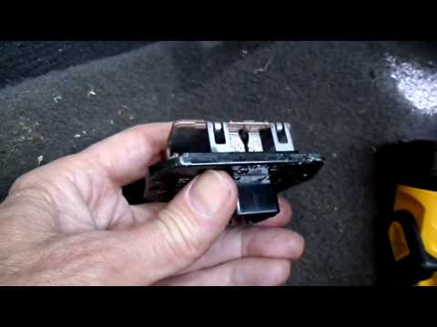 Jeep Compass Blower Motor and Resistor Removal