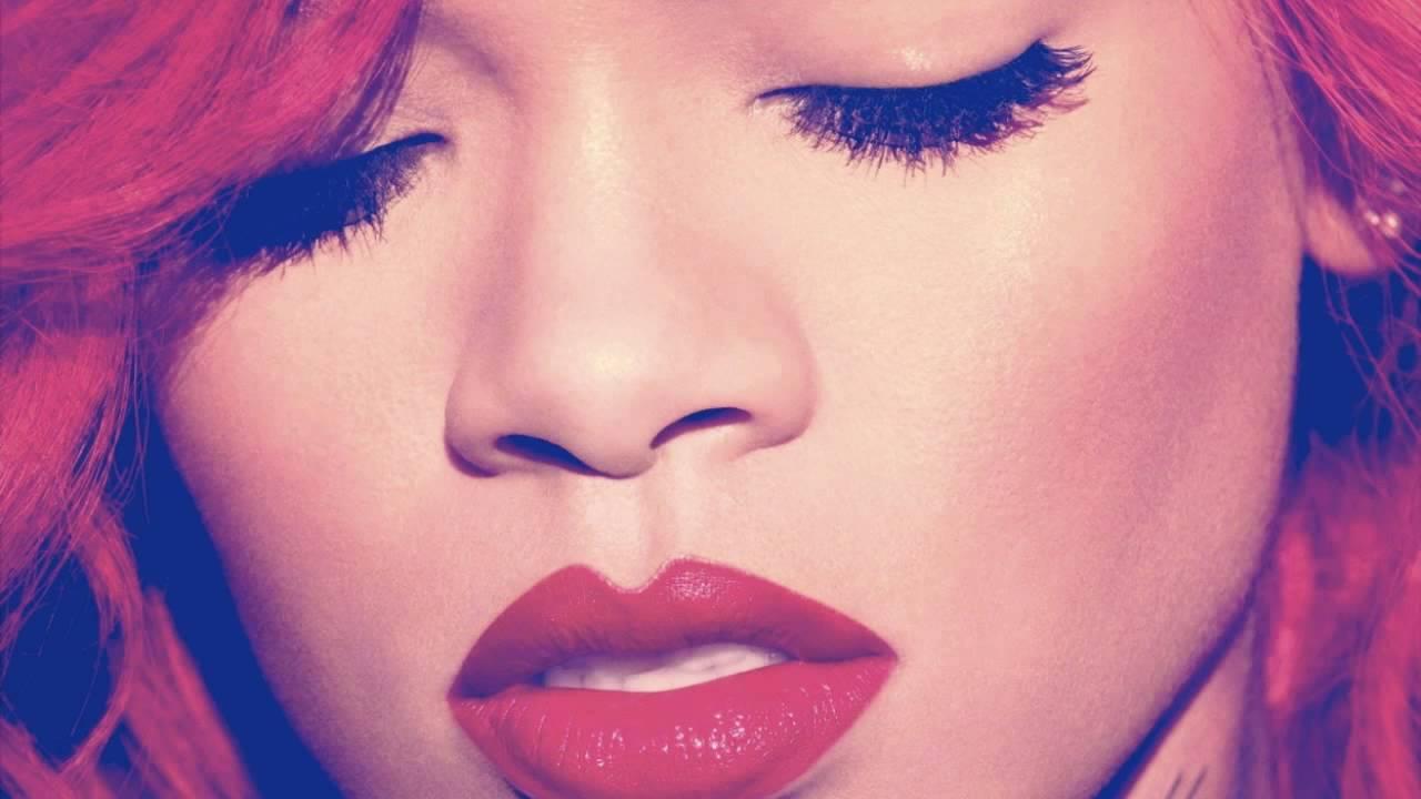 Rihanna - Love the Way You Lie (Piano Version) [Bonus Track]