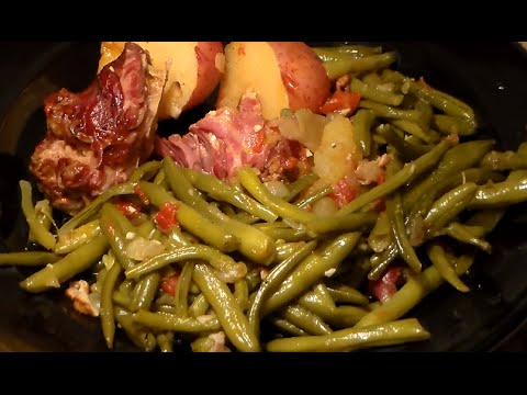 Soul Food Southern-Style Green Beans, Turkey Necks & Potatoes: String Beans Recipe