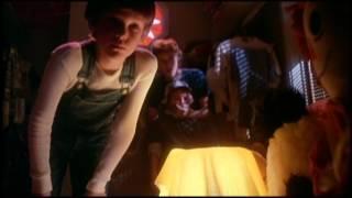 E.T. The Extra-Terrestrial - Trailer
