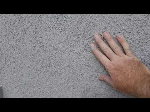 Fixing cracks in stucco the wrong way and how to do it right