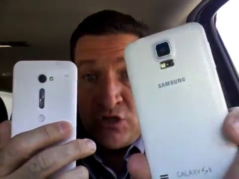 Join Uber in Melbourne, Australia. Why use two phones? Find out from the top Uber driver.
