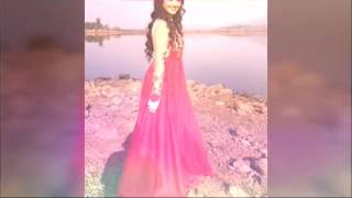 #x202b;صور الممثلات الهنديه على اغنيه عليا بهات#x202c;lrm;