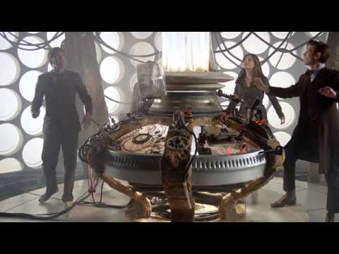 TARDIS Console Room Desktops