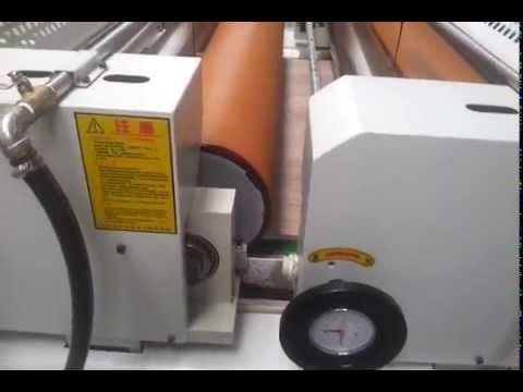 Water based painting Roller coating machine on decorative veneered plywood