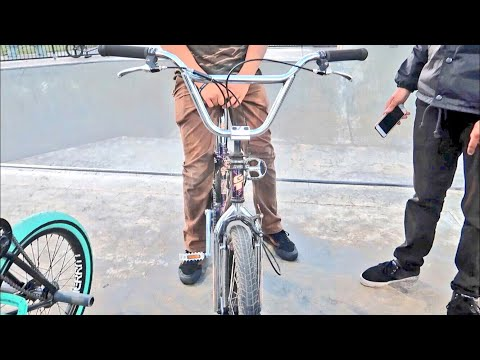 SICK OLD SCHOOL BMX BIKE AT THE SKATEPARK!