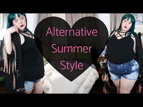 Plus Size Outfits: Retro, Goth and Activewear Try On Haul with Torrid