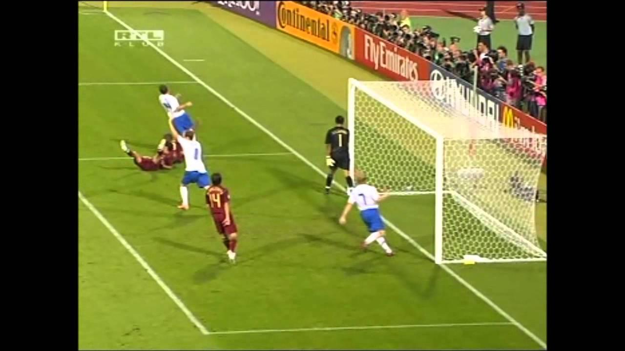 A 2006-os portugál-holland meccs  egy kicsit másképp    (csak ilyen meccset ne)