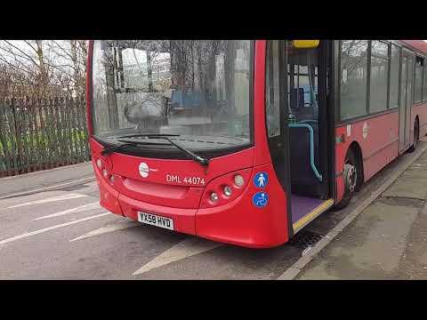 Blind change on Tower Transit DML44074 (YX58HVD)