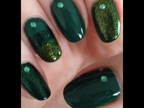 2 quick St Patrick's Day nail ideas
