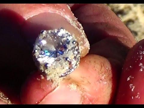 SILVER DIAMONDS on the beach