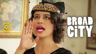 Broad City - Grandma Esther