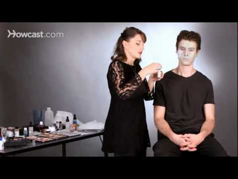 Do Zombie Makeup Using Tissue & Latex | Special FX Makeup