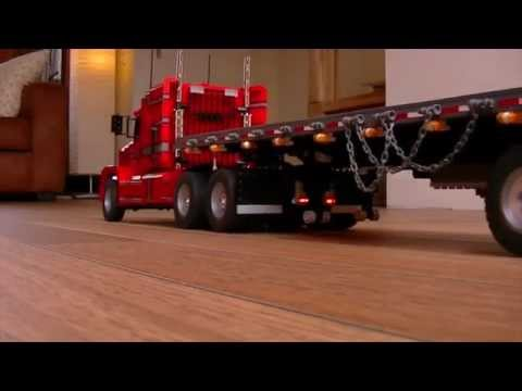 Spread axle flatbed