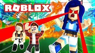 BECOMING A GIANT BOSS IN ROBLOX! RUN FROM ME HUMANS!!