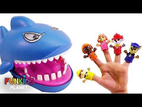 Paw Patrol Family Finger Song Crocodile and Shark Dentist Lollipops