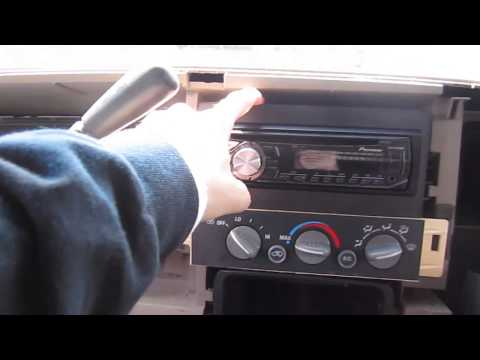How To Install/Remove An Aftermarket Radio In A '95-'98 ('99 Classic) Chevy C/K Pickup & GMC Sierra