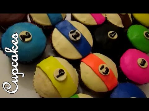 HOW TO MAKE POOL TABLE CUPCAKES