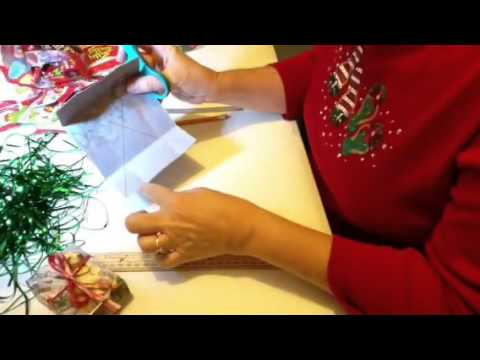 How to make Holiday Boxes out of greeting cards for students