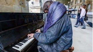 Homeless piano - Homeless piano man will make you cry compilation[Original+HD]