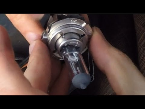 How to replace a dipped beam bulb on a Ford Fiesta Mk7