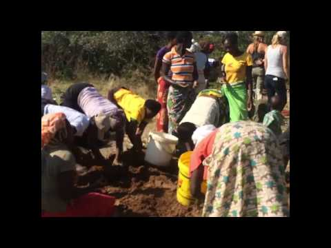 Building a clay oven in Zimbabwe
