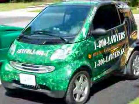 David Blackstone Toronto / 1-800-LAWYERS Smart Car Wrap Video