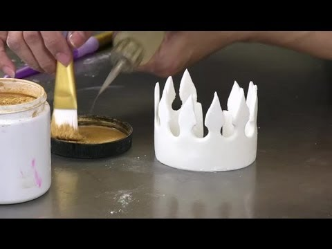 How to Make Fondant Crowns : Fondant Designs