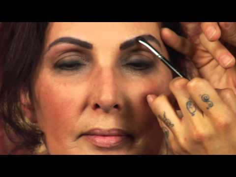 How to Shape Eyebrows for Big Foreheads : Beauty Vice