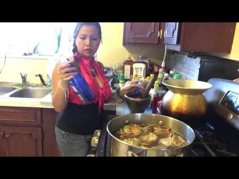 Making Laos Spicy Sauce for Seafoods