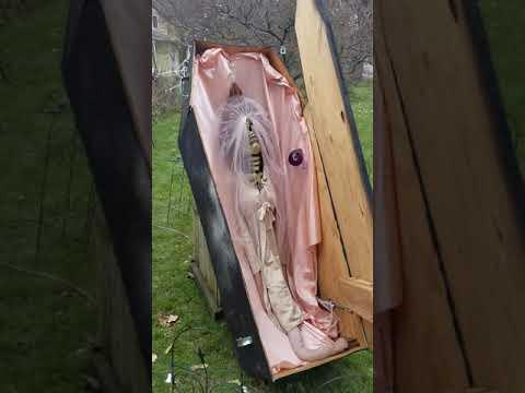 DIY: Animated Halloween Coffin Prop