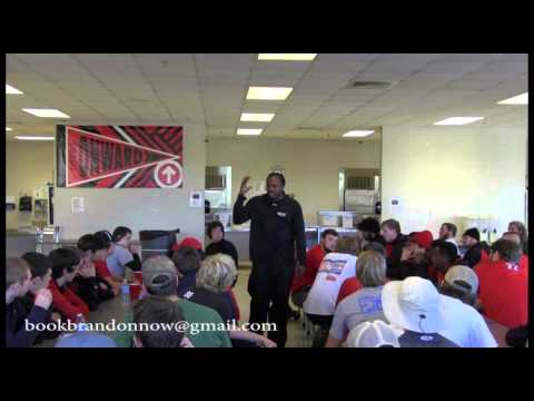 Brandon speaks to Spanish Fort  High School Football team