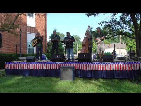 Fox on the Run - Grassland Bluegrass Band