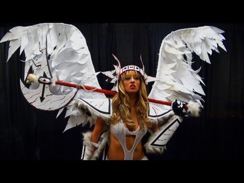 How To Make Your Own Angel Wings For a Halloween Costume