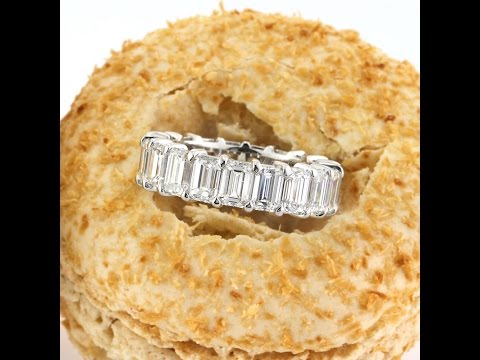 Mark Broumand - 7.80ct Emerald Cut Diamond Eternity Band in Platinum